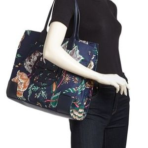 Torey Burch tote & cosmetic case